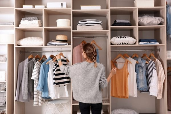 How to Downsize Your Closet in 7 Easy Steps